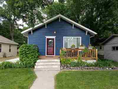 Minot Single Family Home For Sale: 104 8th St NW