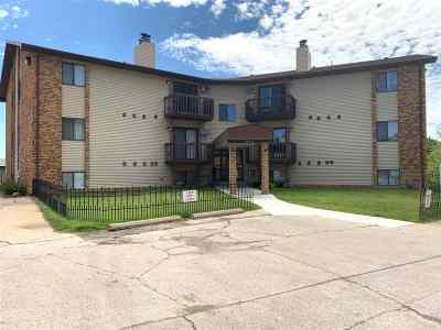 Minot Condo For Sale: 1602 Terrace Dr, Unit 303