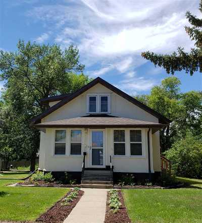Minot Single Family Home For Sale: 1332 2nd St SE
