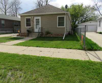 Minot ND Single Family Home For Sale: $179,900