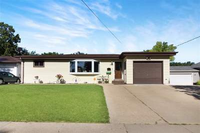 Single Family Home For Sale: 1536 4th Street SW