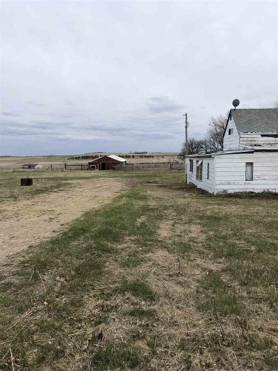Balfour ND Single Family Home For Sale: $45,900