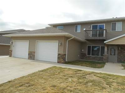 Minot Condo For Sale: 19 SW 43 Ave #1