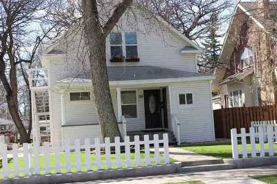 Minot Multi Family Home For Sale: 108 SE 9th St