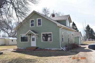 Single Family Home For Sale: 212 1st Ave NE