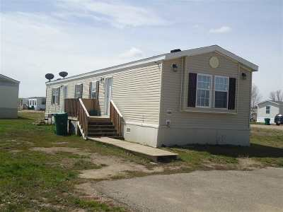 Minot Mobile Home For Sale: 4608 SE Tuttle Ave