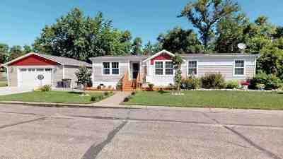Velva Single Family Home For Sale: 304 5th Ave W
