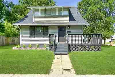 Single Family Home For Sale: 614 1st Ave NW