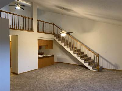 Minot Condo For Sale: 1520 16th St SW