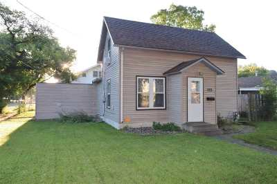 Minot ND Single Family Home For Sale: $155,000