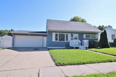 Minot Single Family Home For Sale: 1517 8th St. SW