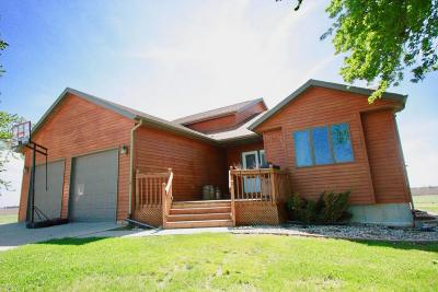 Mooreton ND Single Family Home For Sale: $389,900