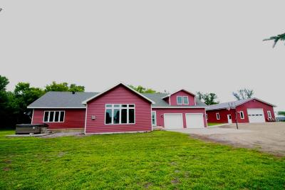 Wahpeton Single Family Home For Sale: 17650 84th St SE