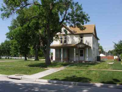 Kearney Single Family Home Right Of First Refusal: 1304 5th Avenue