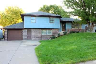 Kearney Single Family Home Back On Market: 8 Parklane Place