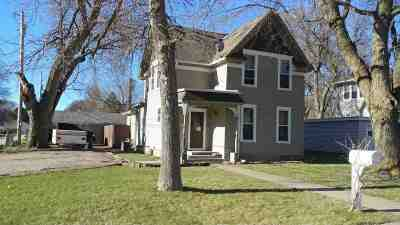 Minden Single Family Home For Sale: 121 E 1st