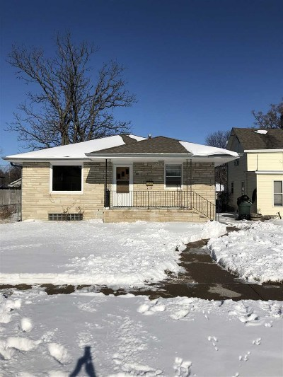Kearney Single Family Home For Sale: 16 E 27th Street