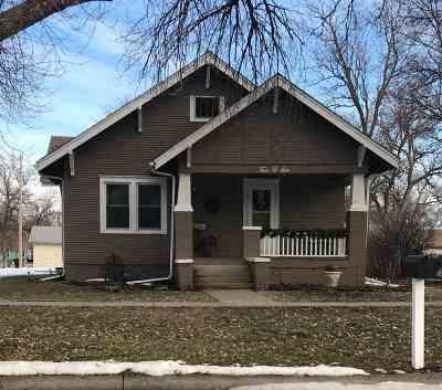 Minden Single Family Home For Sale: 206 S Colorado Avenue