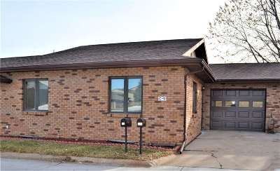 Kearney Single Family Home For Sale: 110 E 39th Street C9
