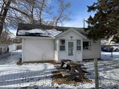 Kearney NE Single Family Home For Sale: $129,000