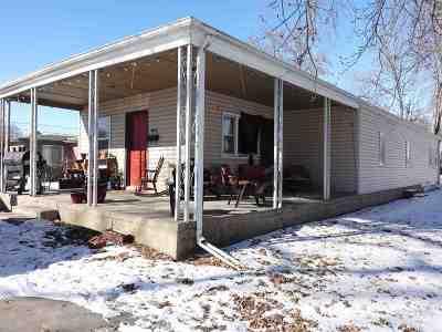 Kearney Multi Family Home For Sale: 1622 7th Avenue #702 W. 1