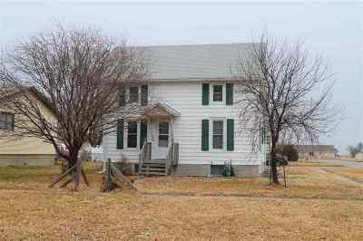 Kearney NE Single Family Home For Sale: $159,900
