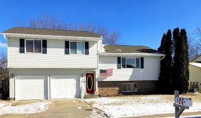 Kearney Single Family Home New Listing: 1331 13th Avenue