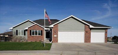 Kearney NE Single Family Home For Sale: $317,250