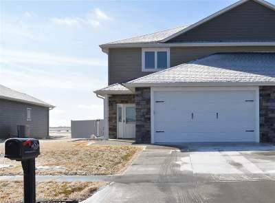 Kearney Single Family Home New Listing: 1005 Remington Drive