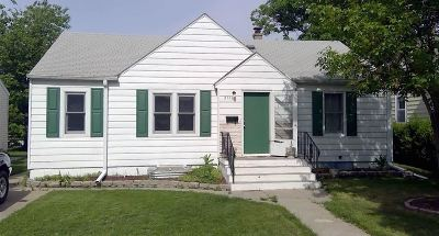 Kearney Single Family Home For Sale: 2106 12th Ave