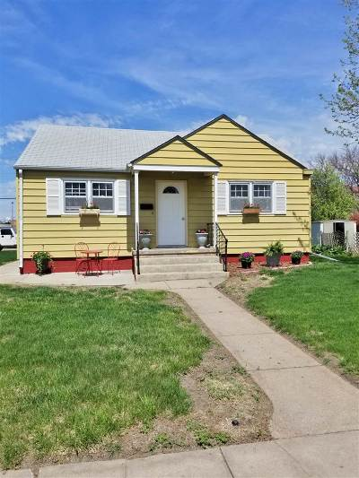 Kearney Single Family Home For Sale: 23 W 30th