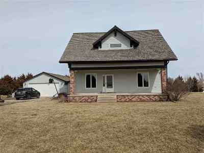 Minden NE Single Family Home For Sale: $299,900