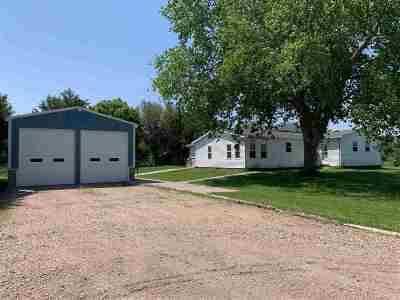 Kearney Single Family Home For Sale: 78 Sweetwater Avenue