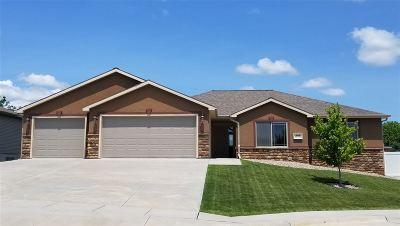 Kearney Single Family Home For Sale: 1808 E 54th Street Place