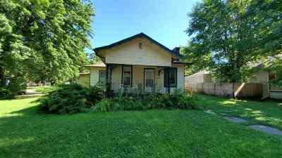 Kearney Single Family Home For Sale: 1111 W 22nd Street