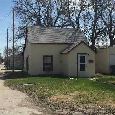 Kearney Single Family Home New Listing: 2711 3rd Avenue