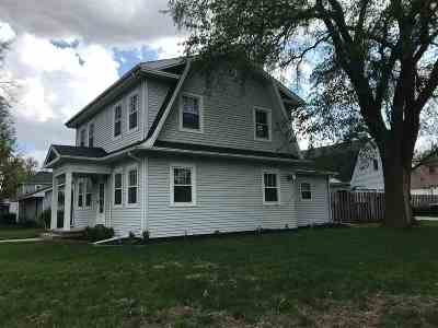 Minden NE Single Family Home For Sale: $189,000