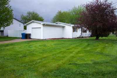 Kearney NE Single Family Home New Listing: $154,900