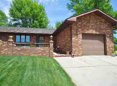 Kearney NE Single Family Home New Listing: $219,500