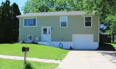 Kearney NE Single Family Home For Sale: $172,000