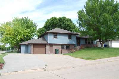 Kearney Single Family Home Price Reduced: 8 Parklane Place