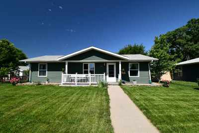 Kearney Single Family Home For Sale: 1318 H Avenue
