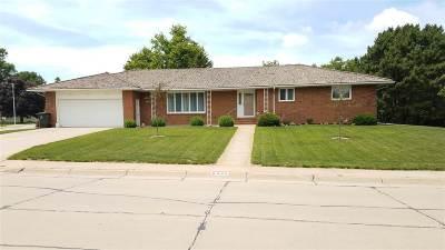 Minden NE Single Family Home For Sale: $255,000