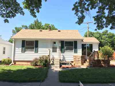 Kearney Single Family Home For Sale: 512 E 28th Street