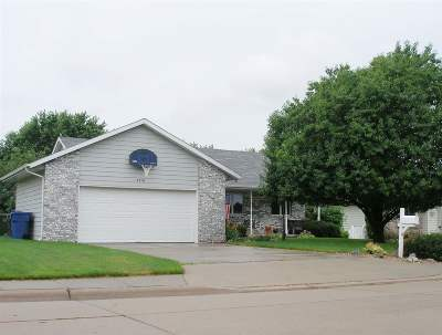 Kearney Single Family Home New Listing: 4710 Linden Drive