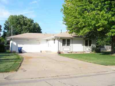 Kearney Single Family Home Right Of First Refusal: 1405 W 37th Street