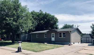 Kearney NE Single Family Home For Sale: $152,000