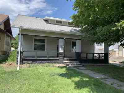 Kearney Single Family Home For Sale: 619 W 25th St