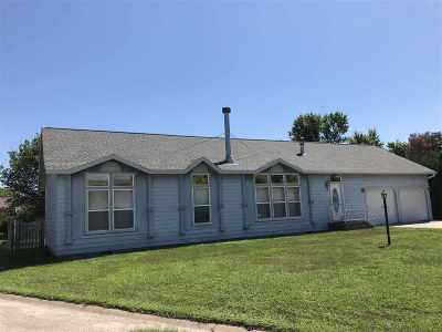 Minden NE Single Family Home New Listing: $125,000