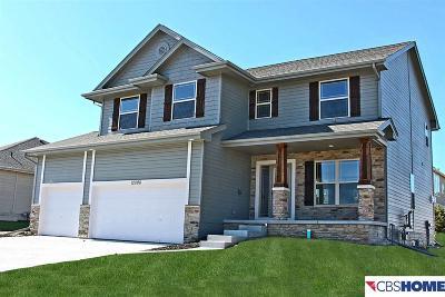 North Shore Single Family Home For Sale: 12008 Longshore Avenue